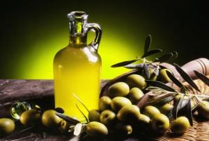 7 bí quyết dưỡng da giảm nám bằng dầu oliu đơn giản hiệu quả