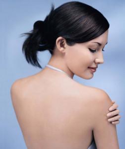 Học hỏi bí quyết trị nám da từ gấc của bà mẹ 9X