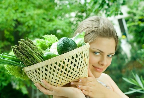 dưỡng da với rau sống