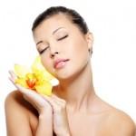 Kem dưỡng da nào tốt trong ngày hè oi ả?